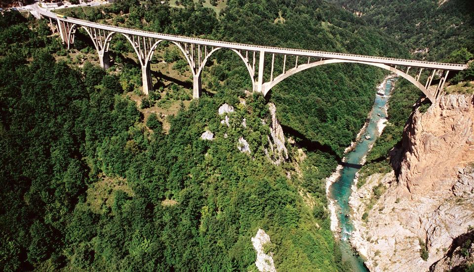 Most na rijeci Tari